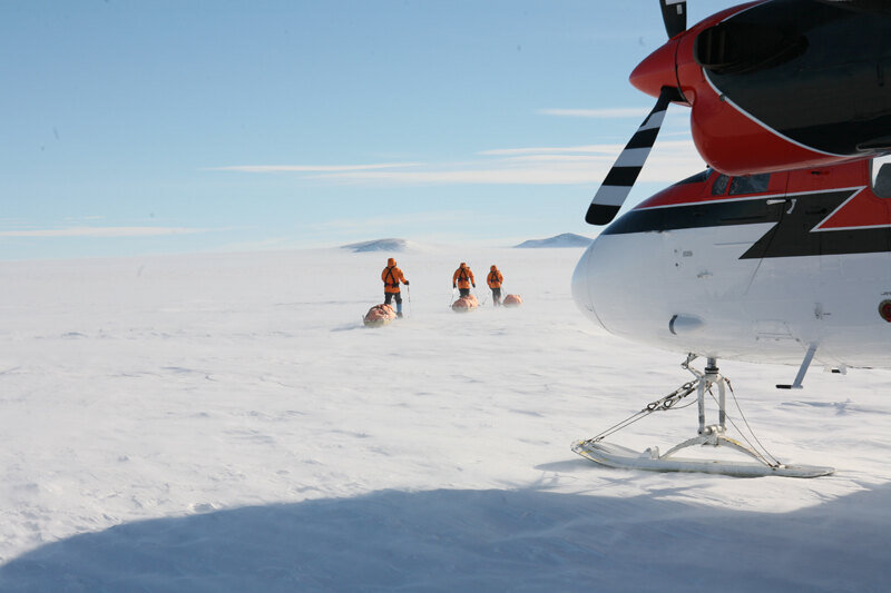Team sets off from Hercules Inlet