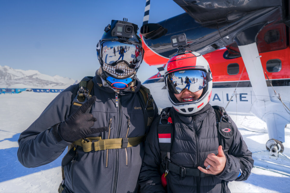 Two Skydive Antarctica guests pose before their skydive jump