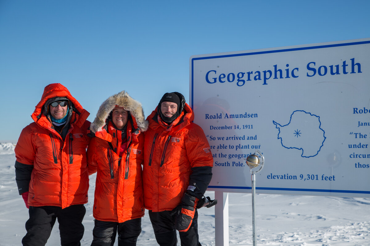 Expeditioners reach the Geographic South Pole