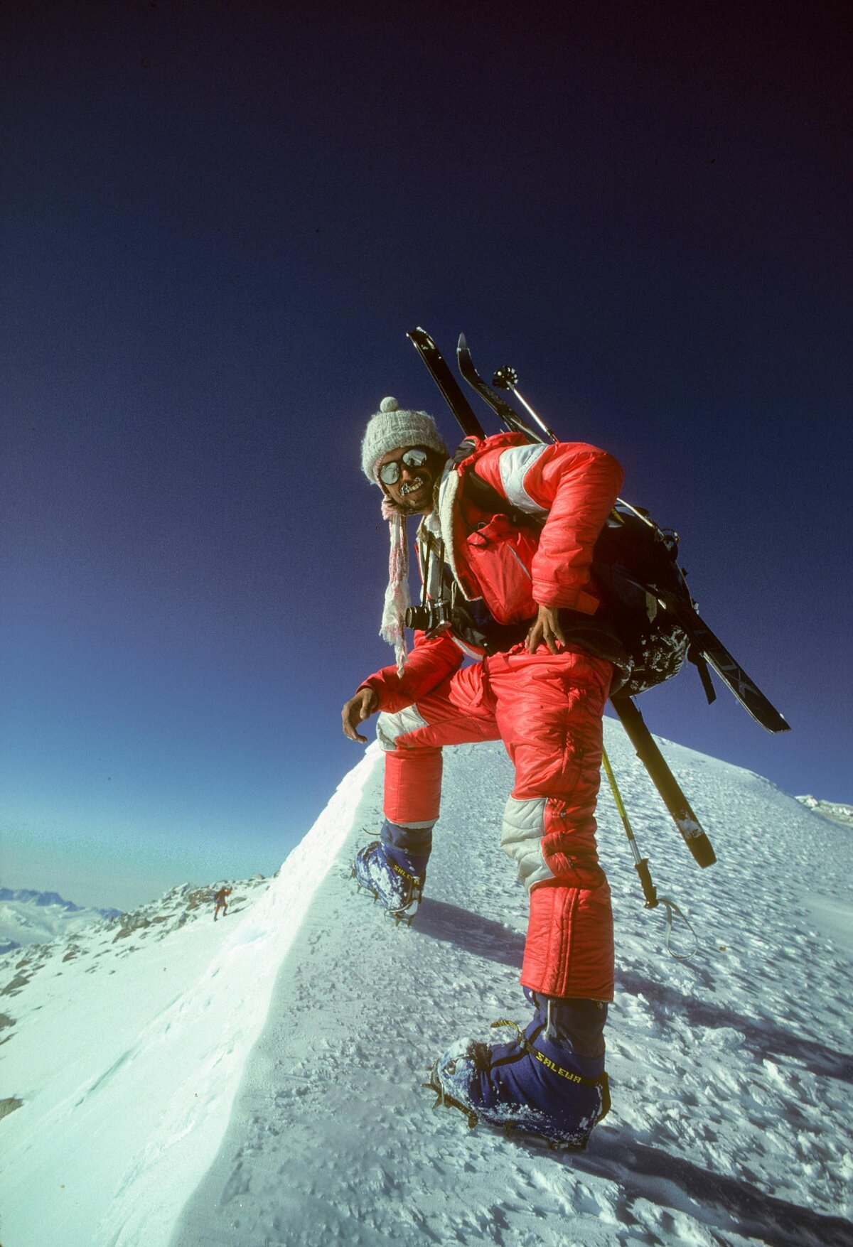 Pat Morrow completes the Seven Summits on Mount Vinson, 1985
