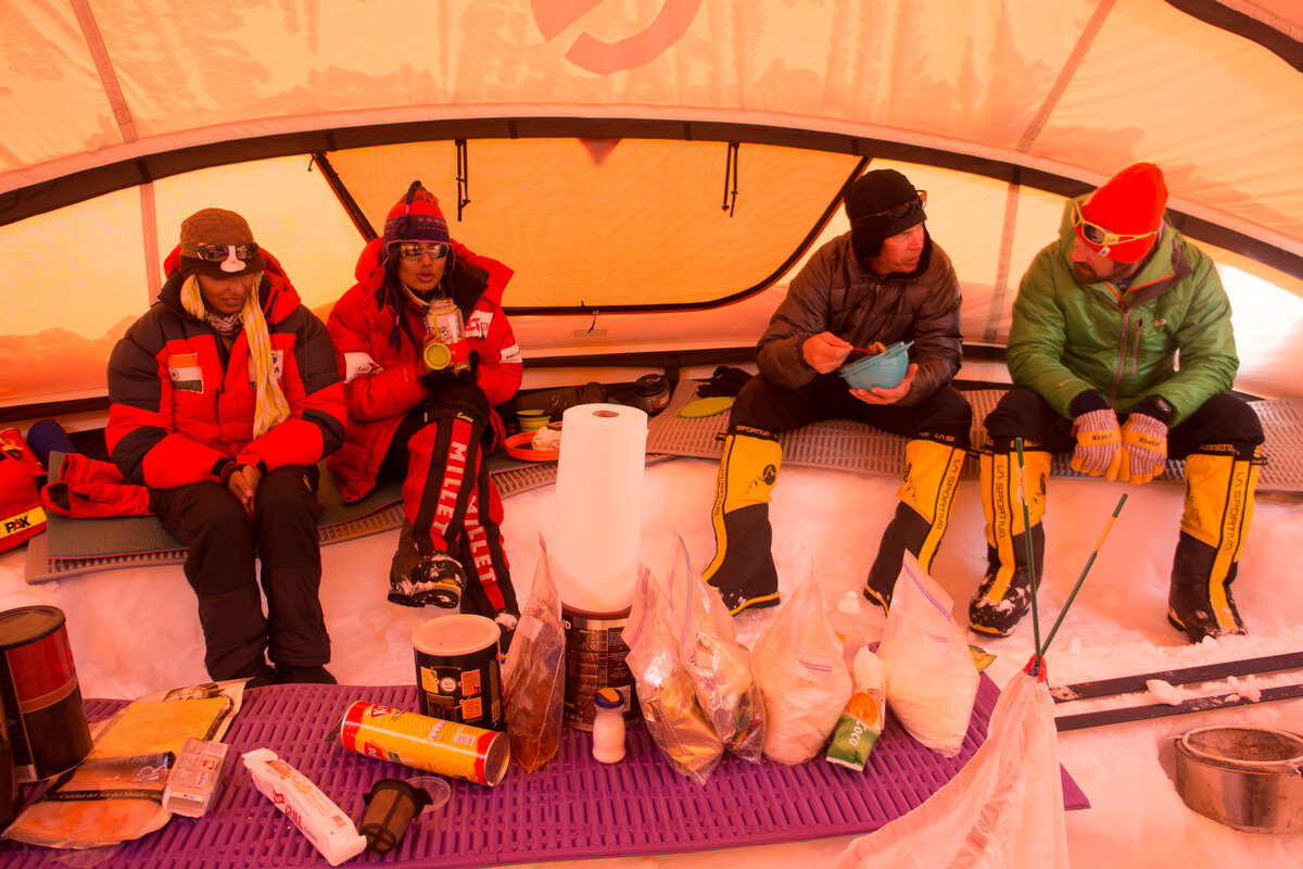 ALE guests enjoy a meal at Low Camp