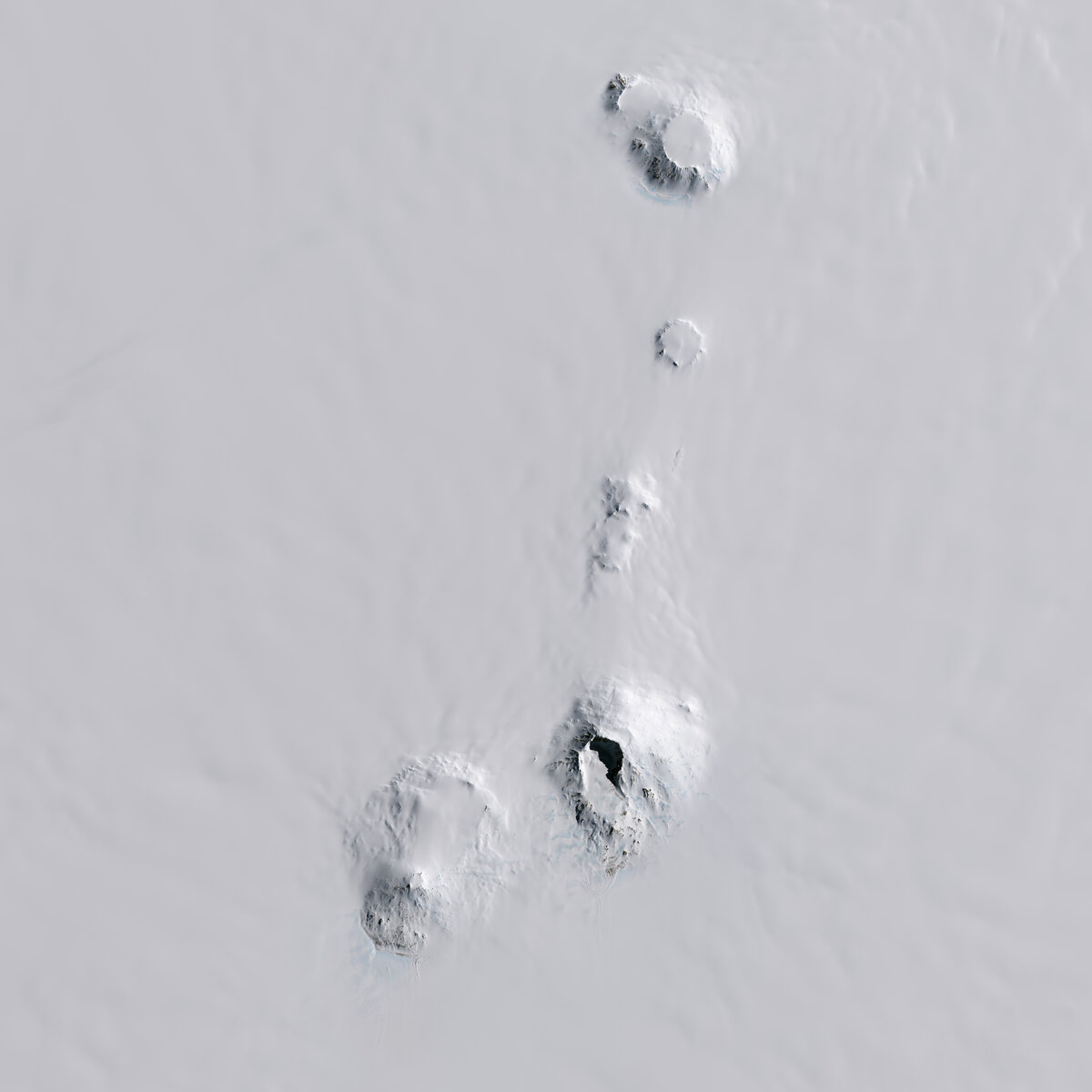 Executive Committee Range volcanoes, including Mt. Sidley