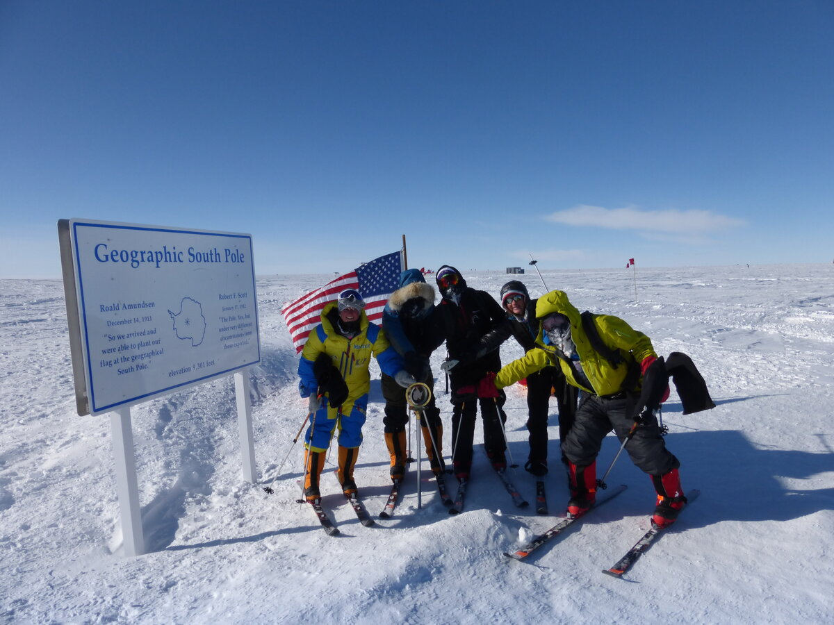 Ski Last Degree team reaches the Geographic South Pole
